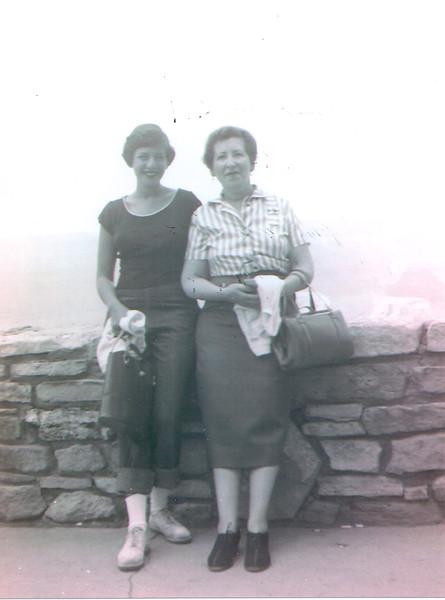 Janet & Lillian Grand Canyon