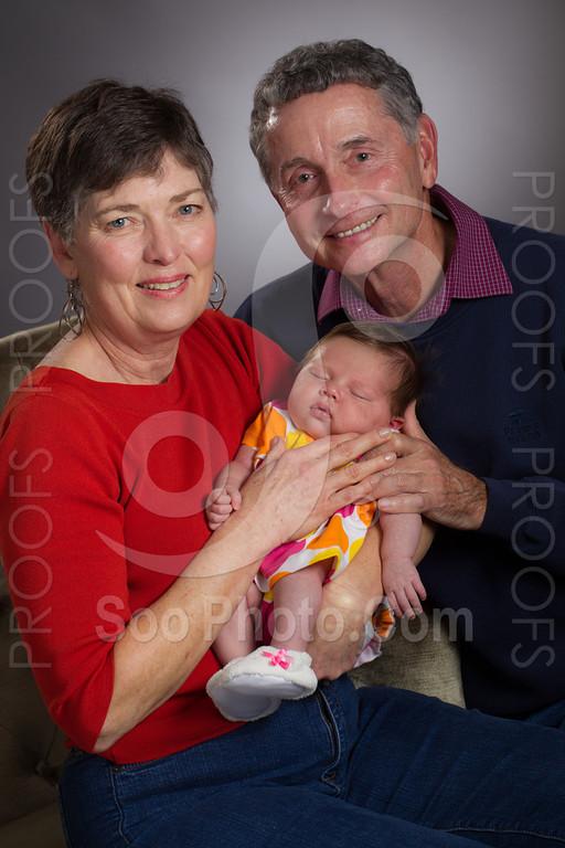 2013-01-21-rose-stein-zoey-family-5484
