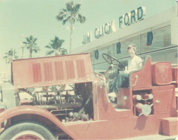 Jim Click Ford - Tucson AZ - circa 1975.
