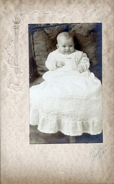 September, 1910<br /> 10 weeks old