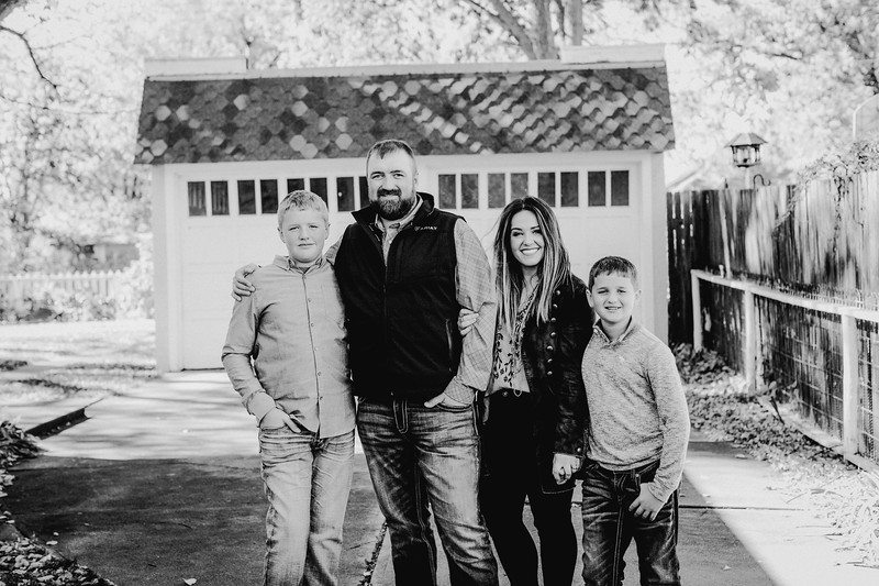 00002--©ADHPhotography2017--LukeLeahRuggles--Family