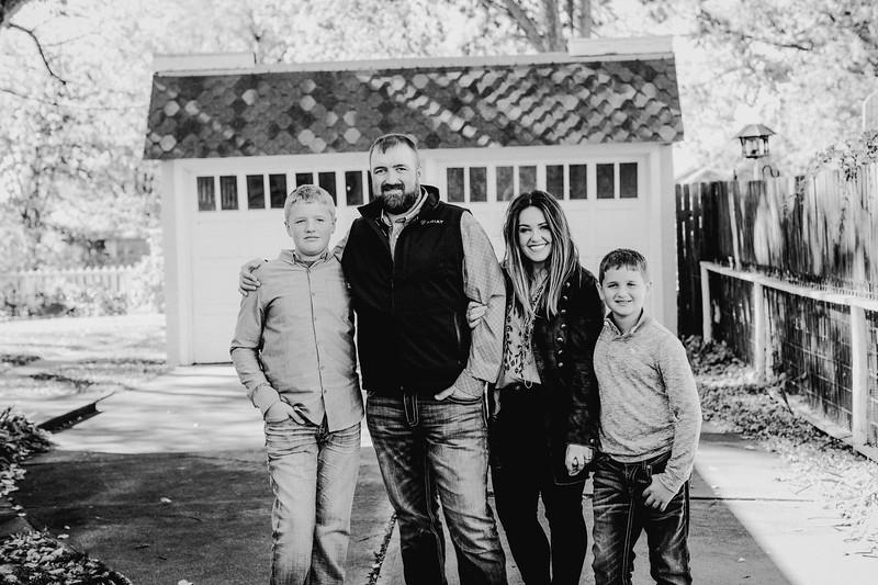00012--©ADHPhotography2017--LukeLeahRuggles--Family