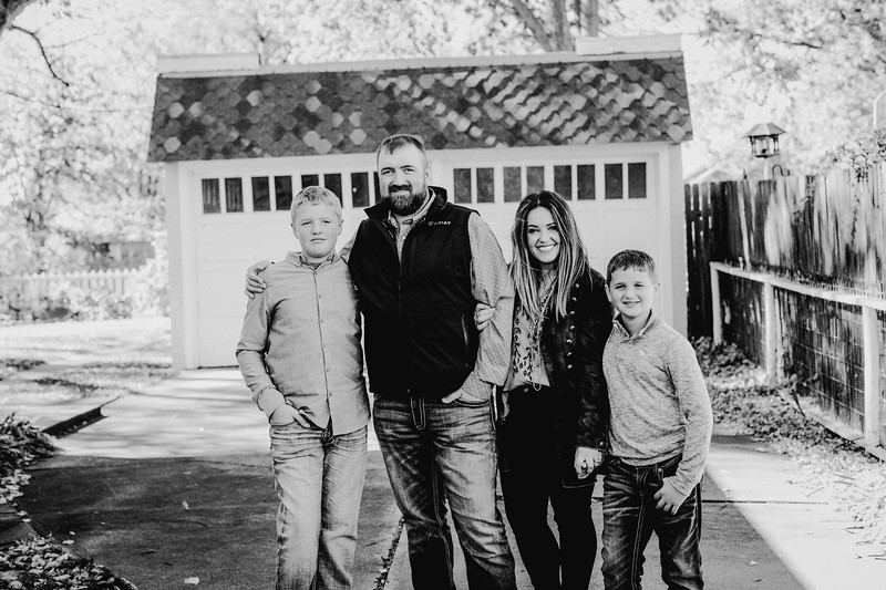 00010--©ADHPhotography2017--LukeLeahRuggles--Family