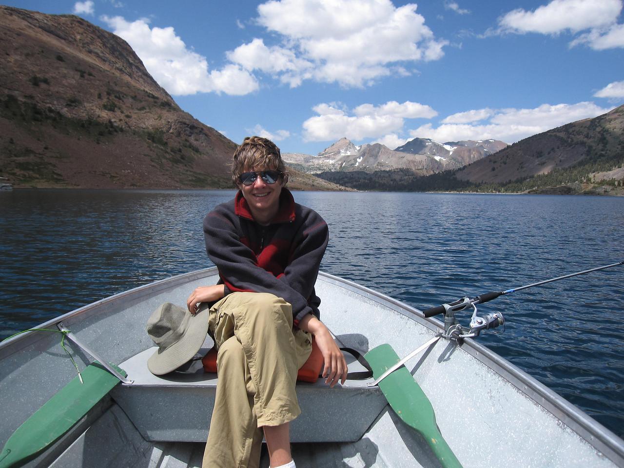 Fishing-20100809053131_0900