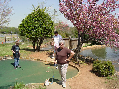 2005 4.10 Putt Putt With Grandparents