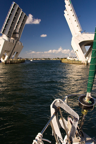 Last bridge after which we will motor around some canals and drop anchor for the night.