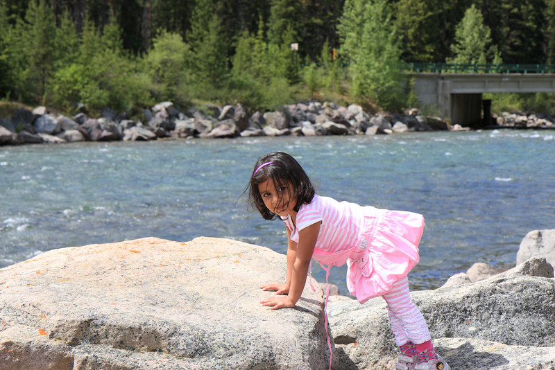 Sakshi at a Picnic spot on the way to Maligne Lake
