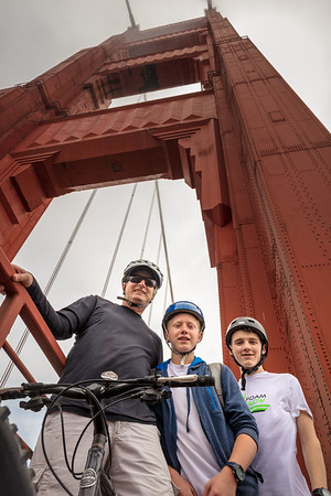 Last Saturday took Max and Sydney and hooked up with the Madsen crew in San Francisco for a bike ride around the city.  Had a great time!