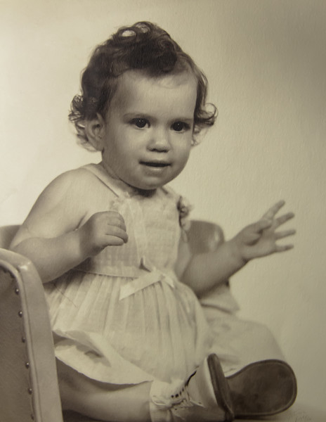 Rosanne 1 Year Old     May 1954