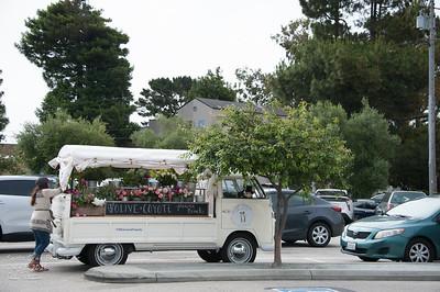 Olive + Coyoge Flower Van