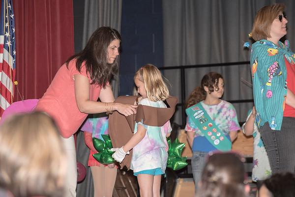 Sara receives her sash