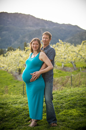 Sarah and Shelby's Maternity Session