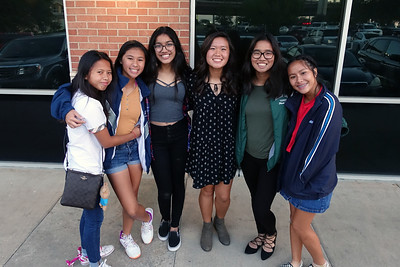 2017-10-27 Celebrating 16th birthday with friends at Sushi Nini