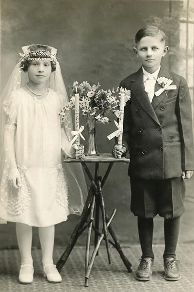 Aniele Evaskitis and her cousin.