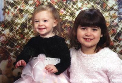 Korynne & Karissa Schickle 6 yrs, 21 mo - Christmas 2005
