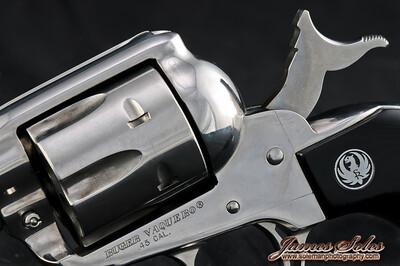 hand guns-3893