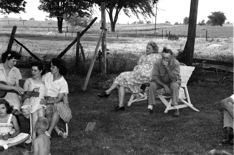 1951 - G & G Gladys and Eldie look on as others sing and make music > Betty, June, Ardel, Sharon and Bill - - Cecil's legs are on the far right.