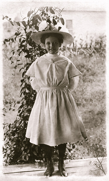 Mary Gladys Schwartz on the day of her first communion. This is a picture postcard - I have the reverse side as well that shows how old she was - I think 11? She was born in June 1898.
