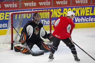 13 11 06 Sens Practice - Scottie-003
