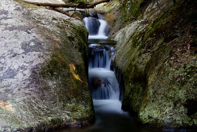 A 4 second exposure by balancing the camer on the rocks.