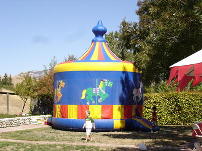 We went to a birthday party and they had a cool jumpy house.