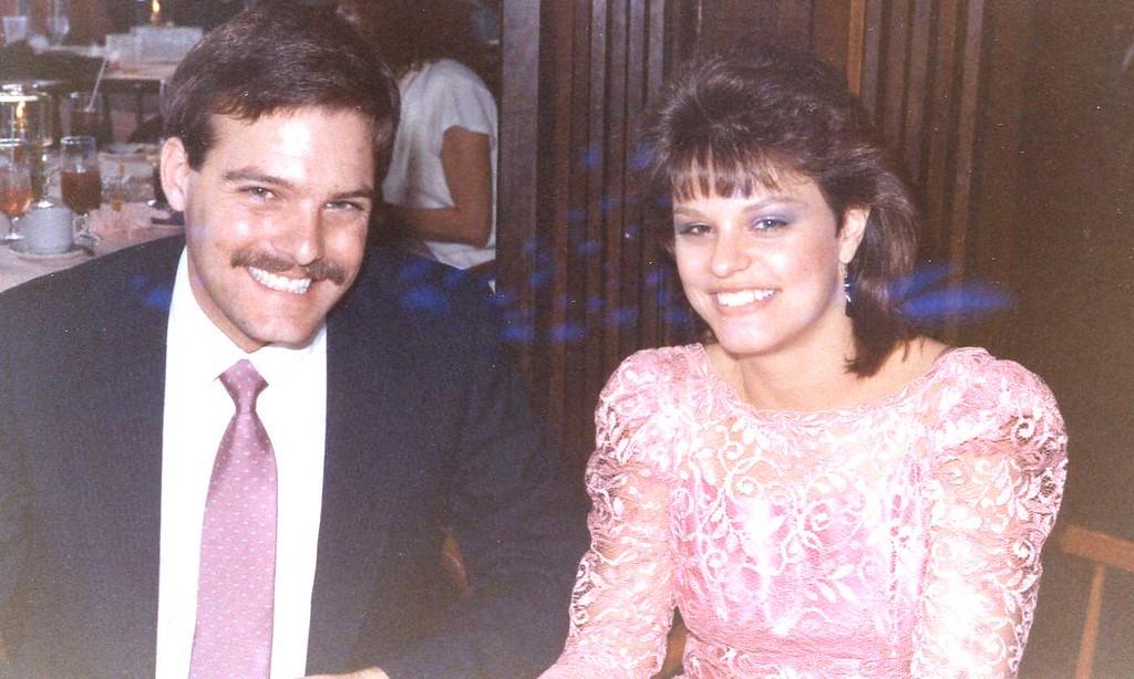 1989-906