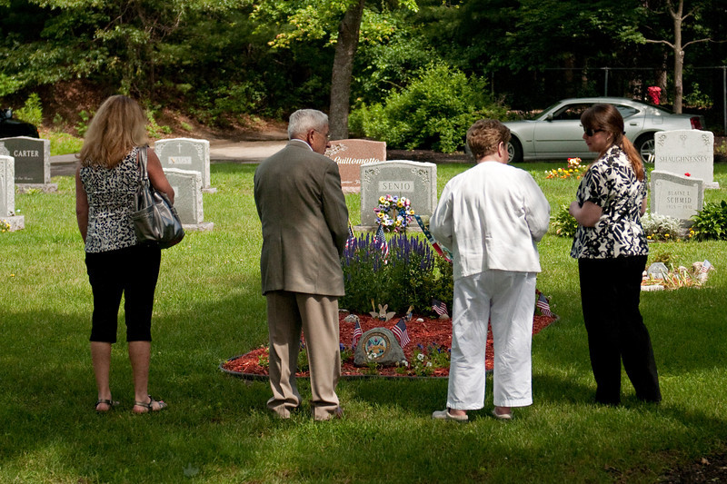 Cara, Richard, Ester Connell and Lisa at Dads gravesite.
