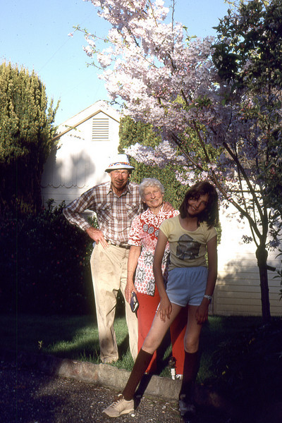 Mauritz L and Virginia L Nelson with their granddaughter, Gwendolyn L. Roeske.