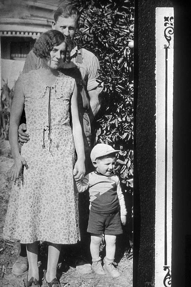 Louis and Alma Scheidecker with son, Stewart.