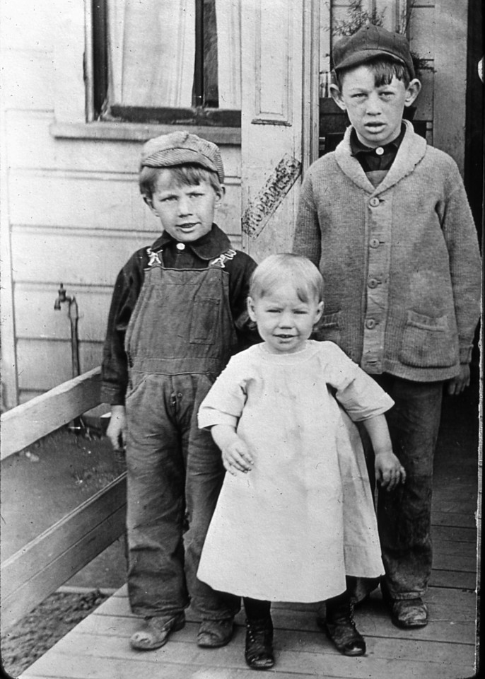 Nelson kids: From the left, Mauritz, Irene and Walter.