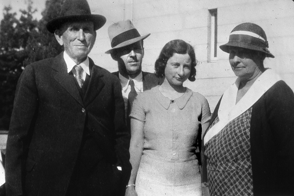 Albert Scheidecker, son Ben, Daughter Virginia and Wife Mary Louise.  Mary Louise's maiden name was Bower and she was the sister of Sarah Bower (Sadie). Sarah Alice Bower Married Ben Patchett.
