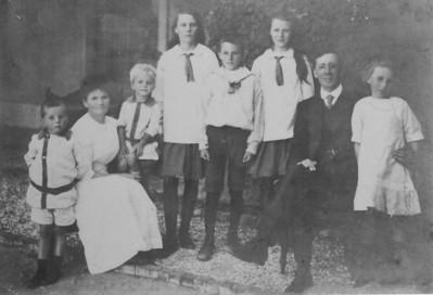 Pop's family