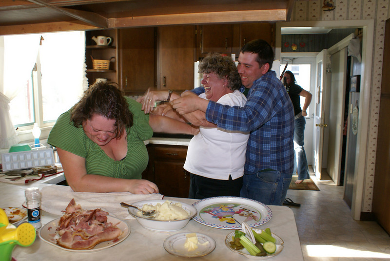 Aunt Cynthia beating up on Beth.