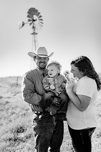 00061©ADHPhotography2020--Shields-Family-June12-Edit-editbe