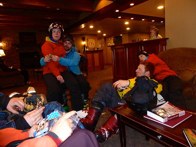 A break in the action on Sunday because of, you guessed it?, lighting and thunder!  We all found some comfy chairs in the lobby of Goldminers.