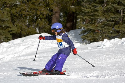 "Kelsey - the new ""lean back"" ski technique"