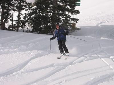 Daniel on skis