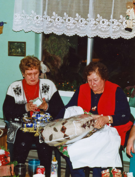 Merideth, and Rita, Chistmas at Terry's house.