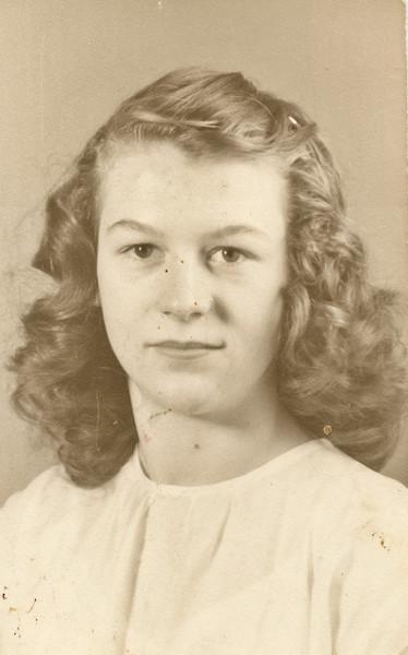 Merideth's ninth grade photo.