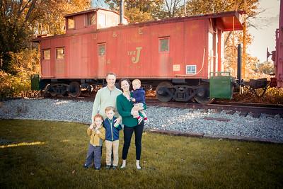 i17s Small Fall Family '19 (2)