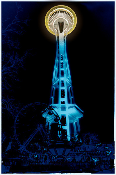 Seattle's mysterious SPACE NEEDLE - where Mark surprised Terry with a most romantic proposal!