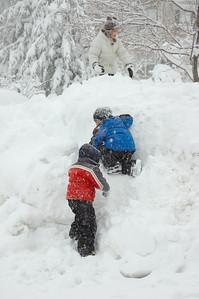 Begin historic Snowmagedon pics here.