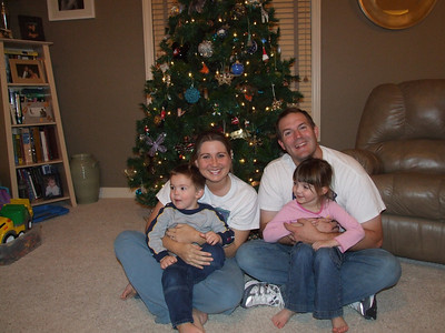 The whole family- DEC 2007