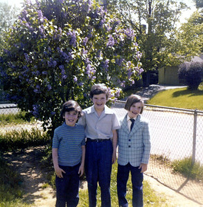 Me as Peter Brady, Tim as Dr. Feelgood and Ron as Jack white...the three stages of getting formal...