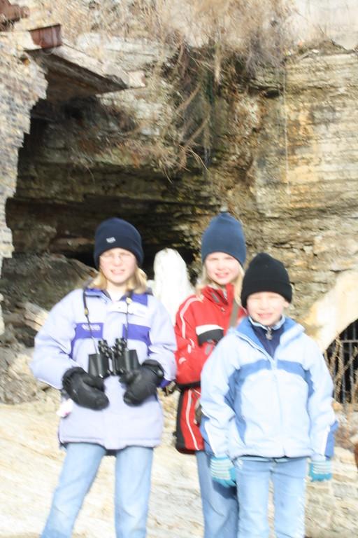 GD1, GD2, GD3, observing a cave near St. Anthony Falls, Minneapolis, Minnesota, April 4, 2009.