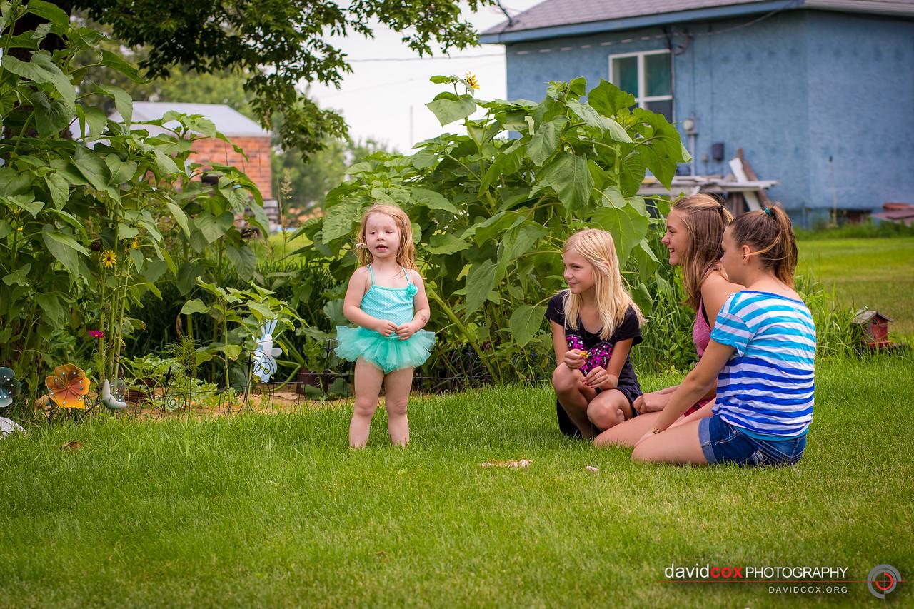 Maddie & little girls