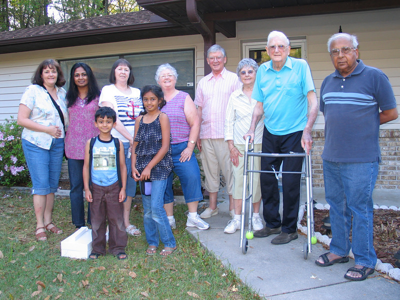 Family Pic! From Left to Right: Marion, Vidya, Rithik, Jill, Resya, Shirley, Ray, Marie, Harold, Mahesh.  Whew!