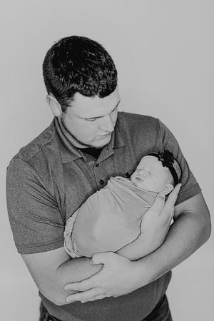 00856--©ADH Photography2017--BlakelyStagemeyer--Newborn