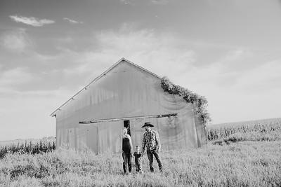 00022--©ADH Photography2017--StagemeyerGraham--FallMiniFamilySession