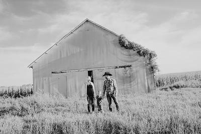 00018--©ADH Photography2017--StagemeyerGraham--FallMiniFamilySession